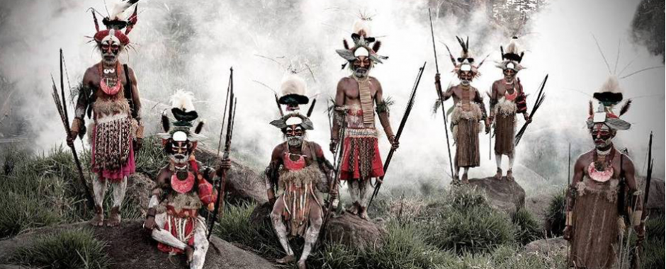 Goroka, Indonesia @ https://topyaps.com/discover-the-worlds-remotest-tribes-and-their-lifestyles-with-these-21-photos/