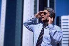 Manager am Telefon